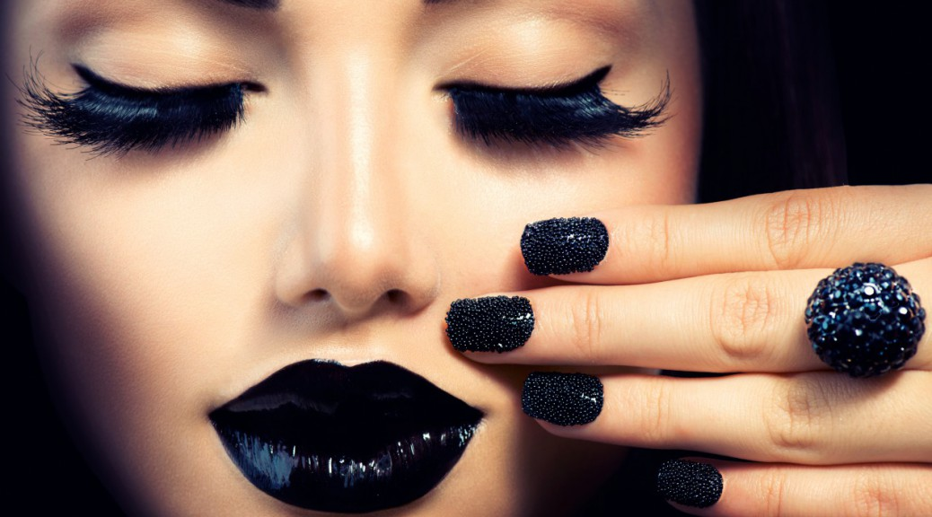 cropped-Web-Dreams-time-Black-nail-lips-Original2.jpg